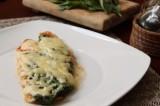 Filete al horno con espinacas y un toque de chipotle